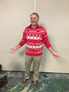 carstar employee wearing christmas sweater